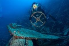 4-Anna-Getaway-Diver-Million-Dol-Point-Vanuatu
